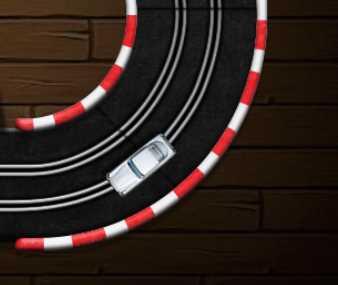 Oyuncak Araba Pist Yarışı