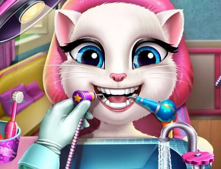 Sevimli Kedi Dişçide